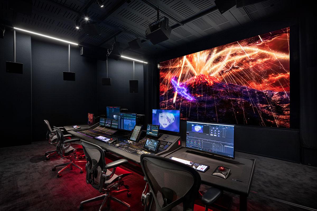 Технология раздельного воспроизведения экранных звуковых каналов Meyer Sound Ultra Reflex